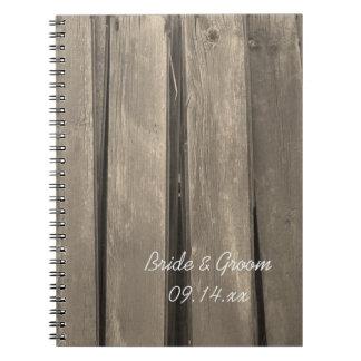 Boda de madera del granero rústico del país notebook