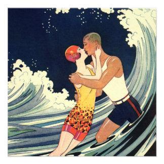 Boda de playa romántico romántico del beso del amo invitaciones personales