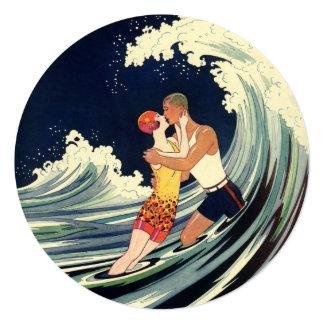 Boda de playa romántico romántico del beso del invitacion personal