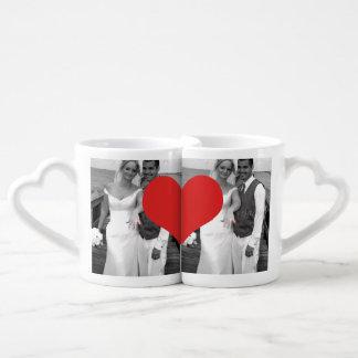 Boda de Sr. y de señora Newly Wednesday Heart Phot Tazas Para Parejas