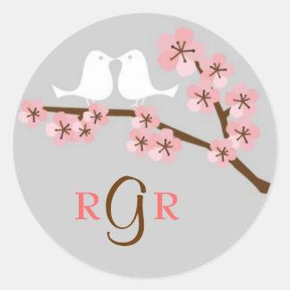 Boda del jardín de la flor de cerezo pegatina redonda