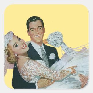 Boda del vintage, novia que lleva del novio, pegatina cuadrada