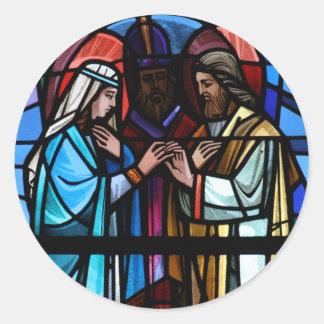 Boda del vitral de Maria y de San José Etiquetas Redondas
