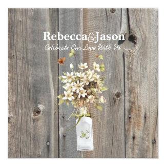 boda floral del país del barnwood gris elegante invitación 13,3 cm x 13,3cm