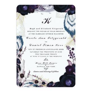 """Boda floral púrpura con monograma elegante del invitación 5"""" x 7"""""""