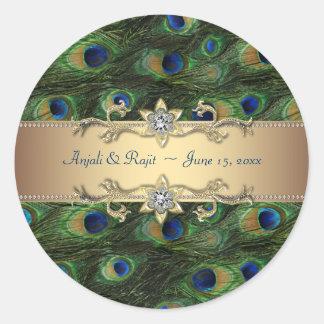Boda indio real esmeralda del pavo real del oro pegatina redonda