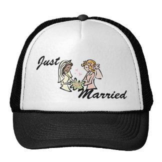 Boda lesbiano interracial gorra