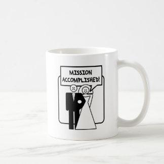 """Boda lograda """"misión"""" taza de café"""