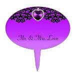 Boda pendiente del corazón adornado púrpura y negr decoraciones de tartas