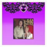 Boda pendiente del corazón adornado púrpura y negr comunicado personal