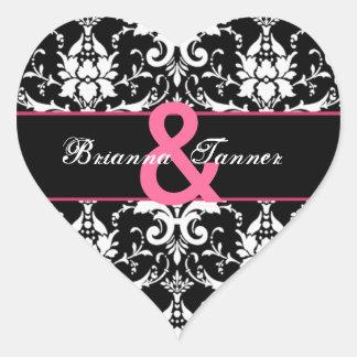 Boda plumoso rosado blanco negro del damasco pegatina en forma de corazón