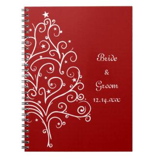 Boda rojo del invierno del árbol de navidad spiral notebook