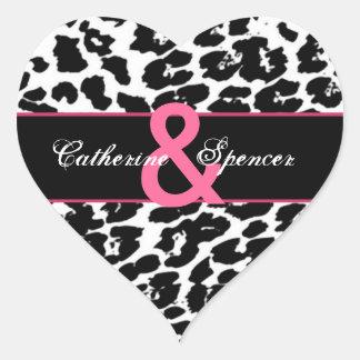 Boda rosado blanco negro del leopardo pegatina en forma de corazón