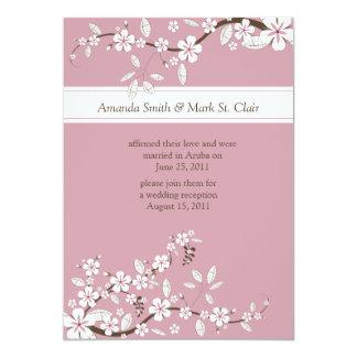 Boda rosado y blanco del poste de las flores de invitación 12,7 x 17,8 cm