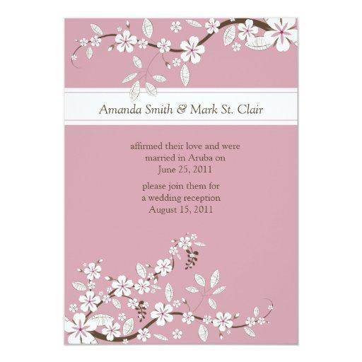 Boda rosado y blanco del poste de las flores de invitacion personal