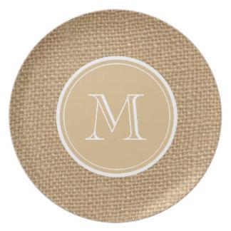 Boda rústico del monograma del fondo de la plato de comida