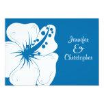 Boda tropical del hibisco del azul cerúleo y del invitación 12,7 x 17,8 cm