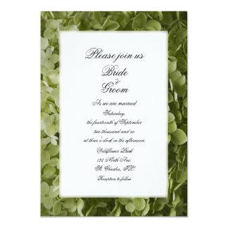 """Boda verde de la flor del Hydrangea de Annabelle Invitación 5"""" X 7"""""""