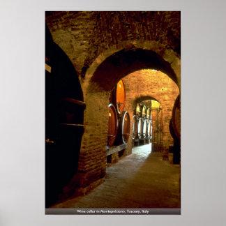 Bodega en Montepulciano, Toscana, Italia Póster