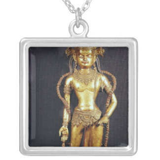 Bodhisattva Avalokitecvara, décimo quinto-décimose Collar Plateado