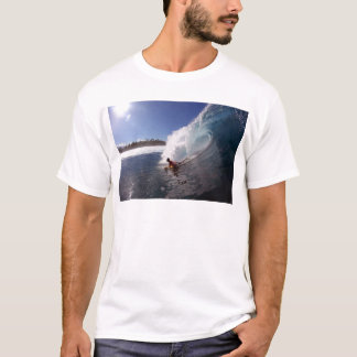 Body board surfing tropical paradise wave T-Shirt