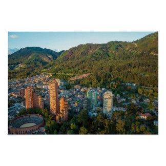 Bogotá y las montañas de los Andes Posters