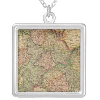 Bohemia, Moravia Collares Personalizados