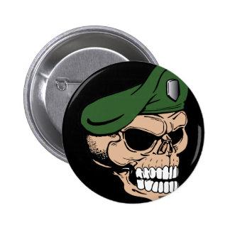 Boina verde del cráneo pin redondo 5 cm
