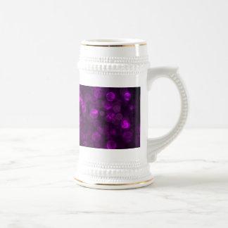 Bokeh púrpura jarra de cerveza