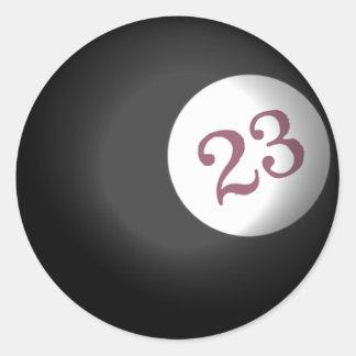 Bola 23 del caos etiqueta
