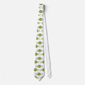 Bola amarilla del hilado (punto y ganchillo) corbatas