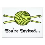 Bola amarilla del hilado (punto y ganchillo) invitación 13,9 x 19,0 cm