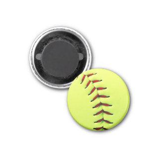 Bola amarilla del softball imán redondo 3 cm