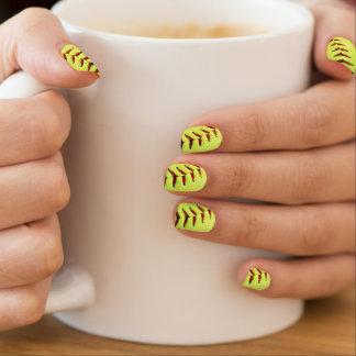 Bola amarilla del softball pegatina para uñas