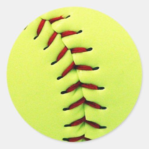 Bola amarilla del softball pegatinas redondas