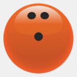 Bola de bolos anaranjada etiquetas redondas
