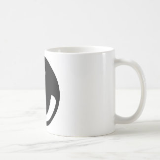 bola de bolos negra tazas de café