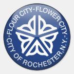 Bola de cristal de la bandera de Rochester Pegatina Redonda