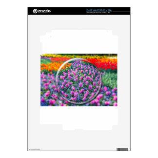 Bola de Crystall con los jacintos y las flores Skins Para iPad 2