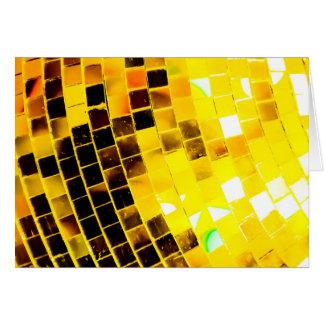 Bola de discoteca enrrollada del oro tarjeta de felicitación