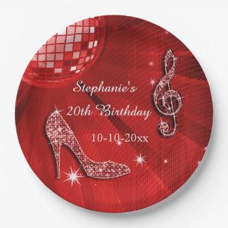 Bola de discoteca roja y cumpleaños de los talones plato de papel de 9 pulgadas