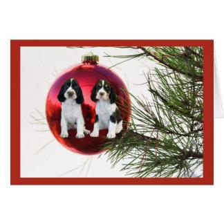 Bola de la tarjeta de Navidad del perro de aguas d