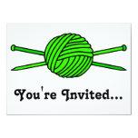 Bola de la verde lima del hilado y de las agujas invitación 13,9 x 19,0 cm