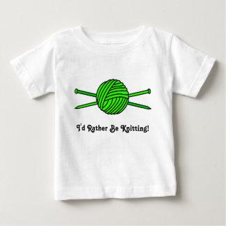 Bola de la verde lima del hilado y de las agujas playera de bebé