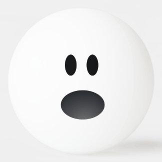 Bola de ping-pong chocada de la cara pelota de tenis de mesa