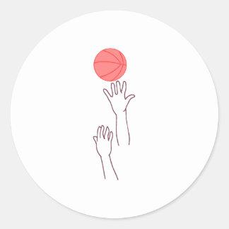 Bola de salto del baloncesto etiquetas redondas