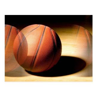 Bola del baloncesto tarjetas postales