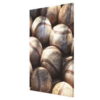 Bola del béisbol lona estirada galerías
