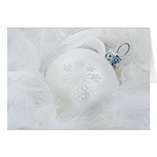 Bola del navidad blanco tarjeta de felicitación