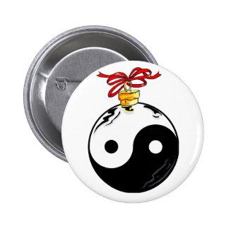 Bola del navidad de Yin y de Yang Pin Redondo De 2 Pulgadas